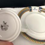 und Tasse aus Porzellan